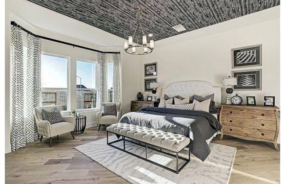 Del Bello Lakes Plan 6015 Owner Suite