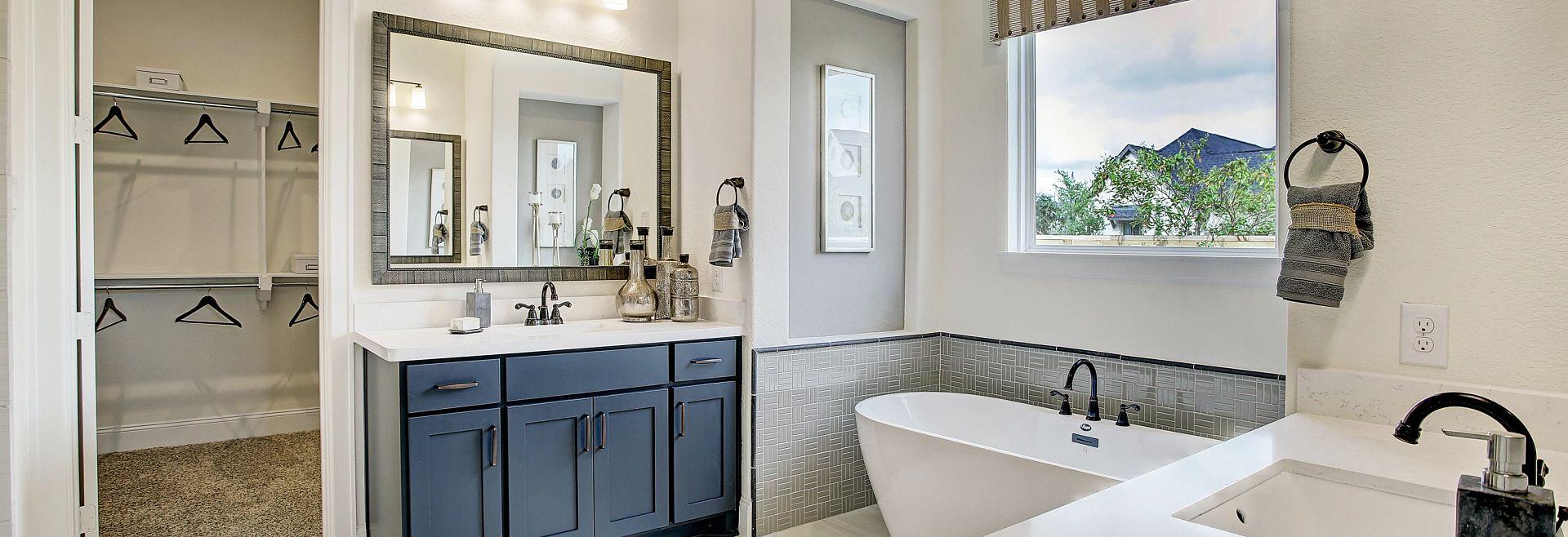 Del Bello Lakes Plan 6020 Owner Bath