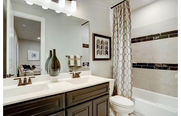 Harper's Preserve Plan 5029 Bathroom 3