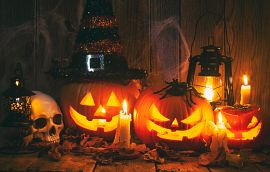 Halloween Decor Jack O'Lantern Pumpkins Skull Spiders