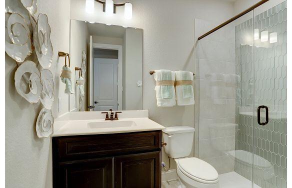 Harper's Plan 5029 Bathroom 2