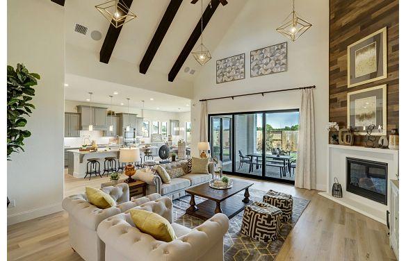 Meridiana 70 Plan 6020 Living Room