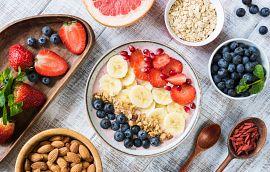 Smoothie Bowl Banana Strawberry Blueberry Granola