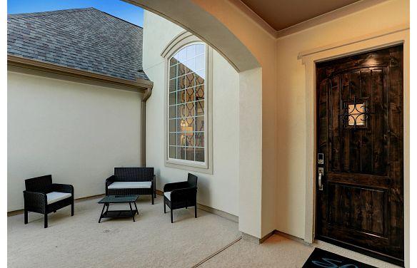 Del Bello Lakes Plan 6015 Courtyard