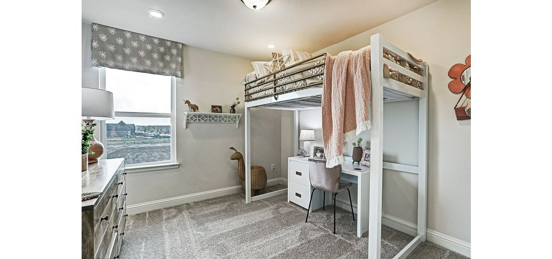Del Bel Lake 50 Girls Bedroom