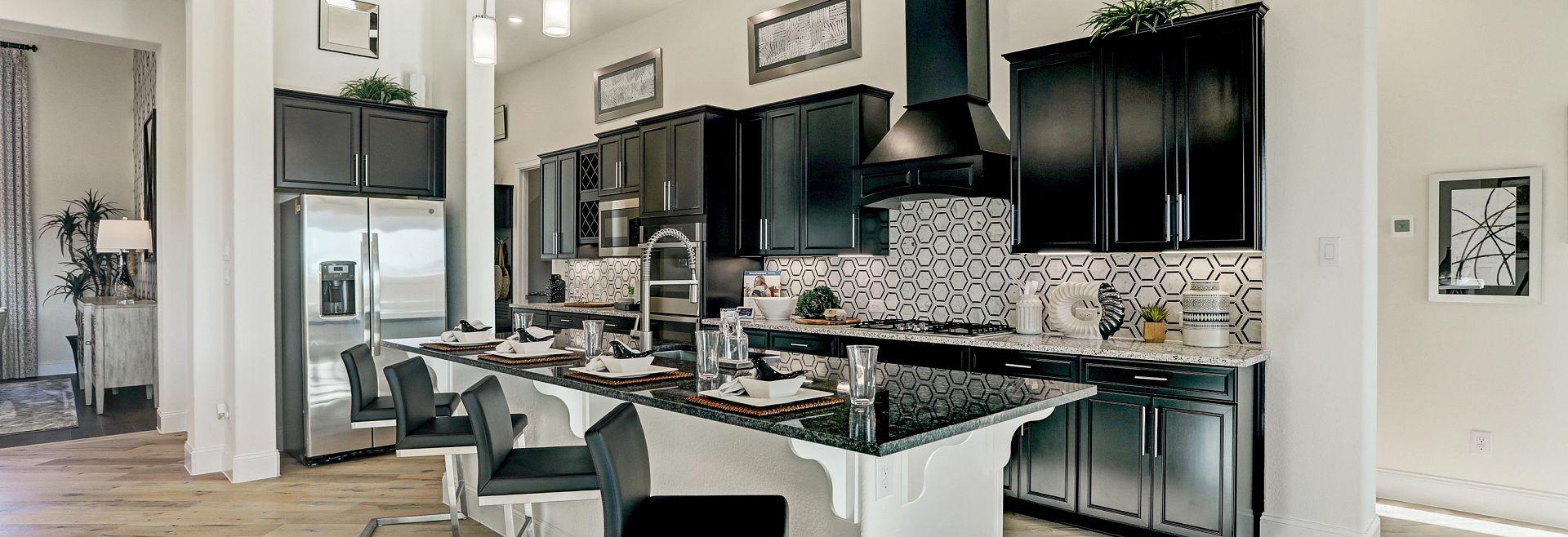 Del Bello Lakes 70 Plan 6015 Kitchen