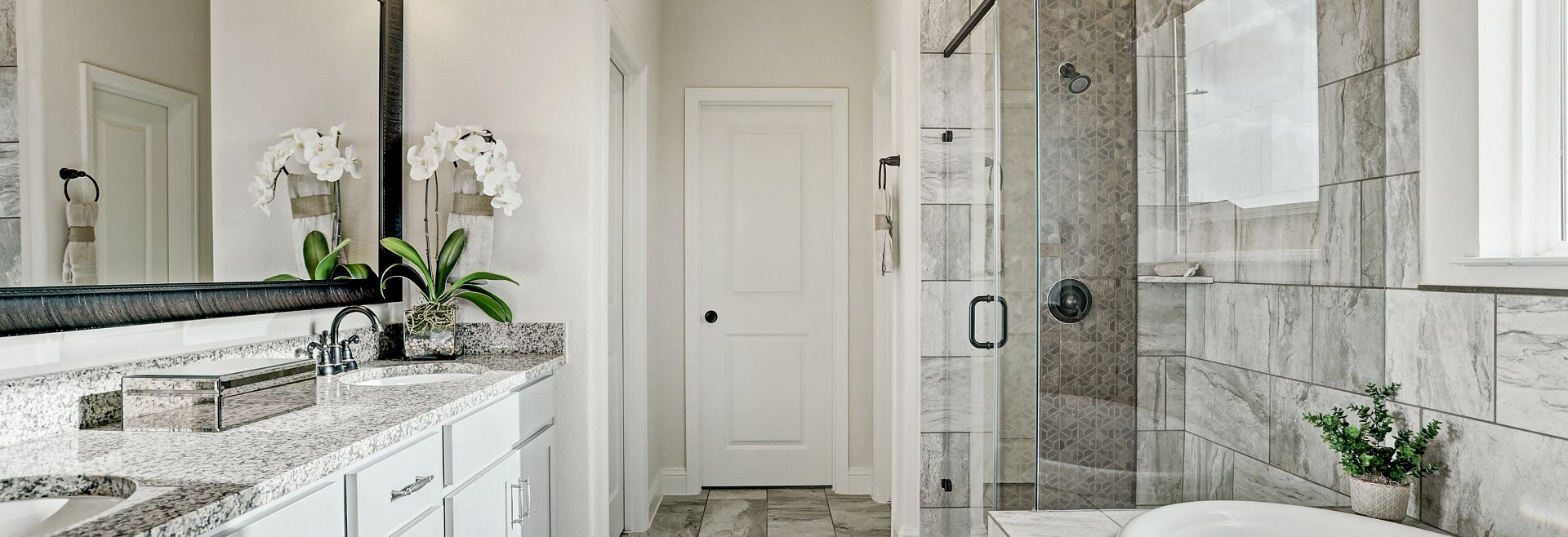 Balmoral Plan 4069 Bathroom