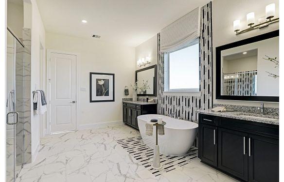Del Bello Lakes Plan 6015 Owner Bath